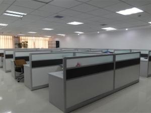 板式办公桌安装