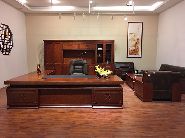油漆办公家具